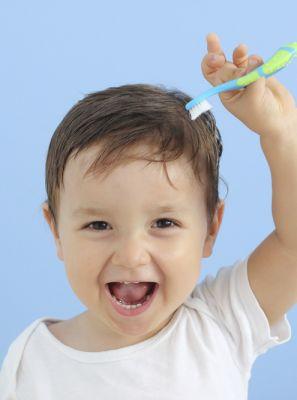 Dente de leite precisa ser escovado? Tiramos as principais dúvidas sobre a dentição dos pequenos