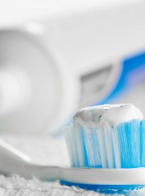 Quanto mais macia melhor? Mitos sobre a escova de dente