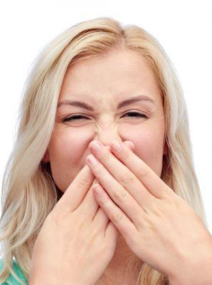 Gosto ruim na boca: saiba o que causa o problema