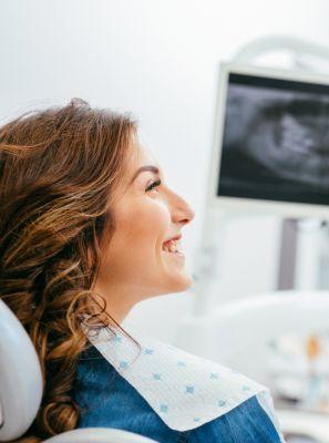 Endodontia: do que se trata essa especialidade? Quando ela pode ser necessária? Por que o endodontista é importante?