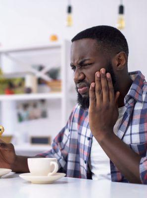 Proteja-se da sensibilidade: 6 cuidados para prevenir o desgaste do esmalte dentário