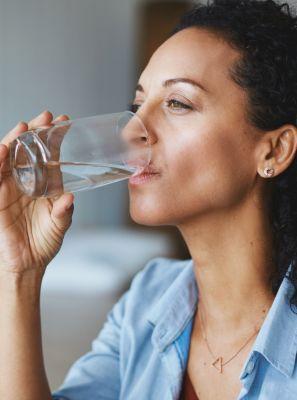 Boca seca: o que é? Quais são as causas? Conheça os principais tratamentos para a xerostomia
