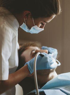 Tratamento de canal: 5 dúvidas mais comuns sobre o procedimento odontológico