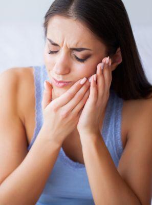 Dor na mandíbula pode ser sinal de bruxismo. O que fazer para acabar com esse incômodo?