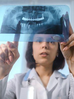Radiografia panorâmica: o que é? Como é feita? Quais as indicações? Quanto tempo dura?