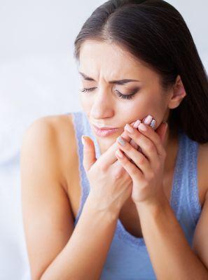 Dente siso inflamado pode ser extraído? Dentista explica o que deve ser feito nesse caso