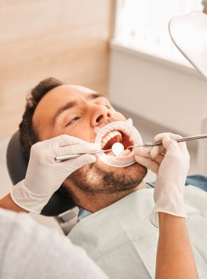 Bolsa periodontal: descubra as principais causas do problema e como tratar