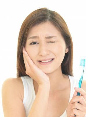 Perda de dentes: Conheça os perigos da periodontite e previna-se
