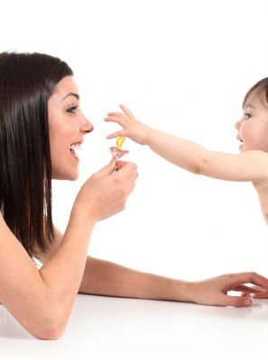Chupeta: descubra os prós e contras para a saúde bucal do seu filho