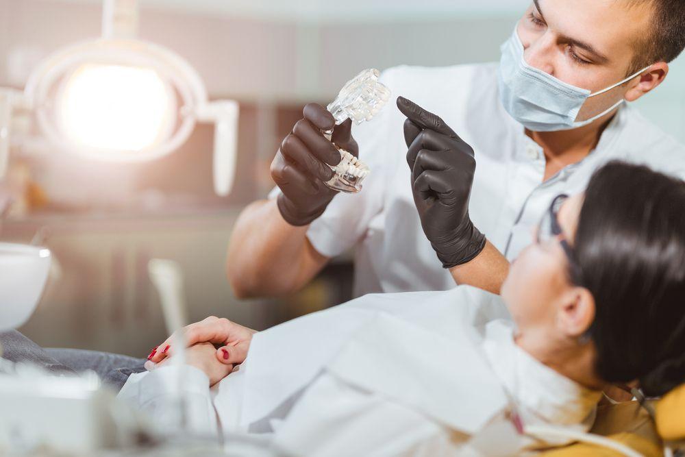 Pergunte ao Dentista e tire suas dúvidas sobre os principais cuidados com a saúde bucal