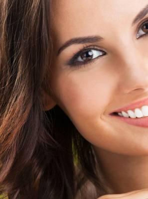 Clareamento dental a laser ou luz de led? Quais são as diferenças? Existe um mais indicado?