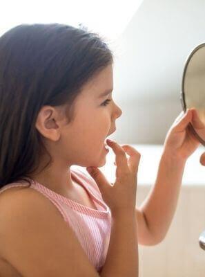 Herpes labial em crianças: saiba identificar os sintomas