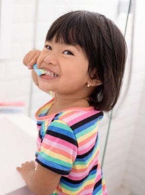 6 passos para prevenir o mau hálito em crianças