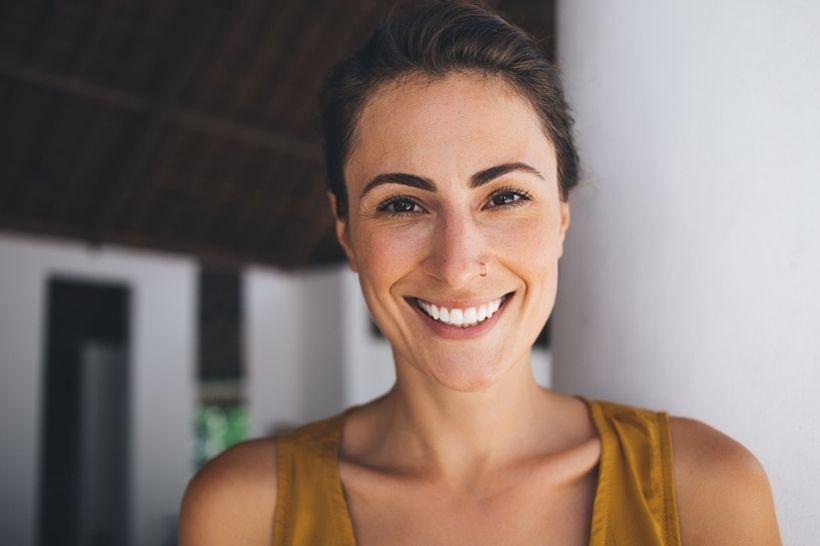 6 perguntas e respostas sobre a lente de contato dental